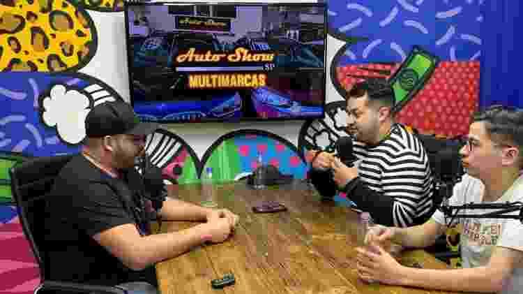 """Em menos de um mês, o videocast """"No Fundão"""" já está atraindo comerciantes de Cidade Tiradentes para patrocinar o programa - Anderson Alves - Anderson Alves"""
