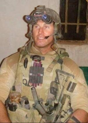 Scott Dayton se tornou o primeiro membro das Forças Armadas dos Estados Unidos a morrer no conflito na Síria