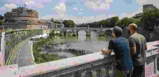 O rio Tiber, cujo nível de água caiu recentemente, em Roma - Gianni Cipriano/The New York Times
