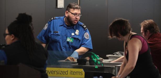 Aeroportos dos EUA temem ausência de agentes de segurança