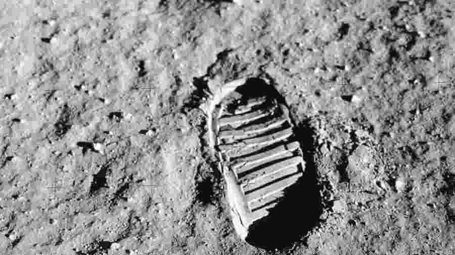 Cheiro da Lua teria sido reconstruído por francês - Nasa