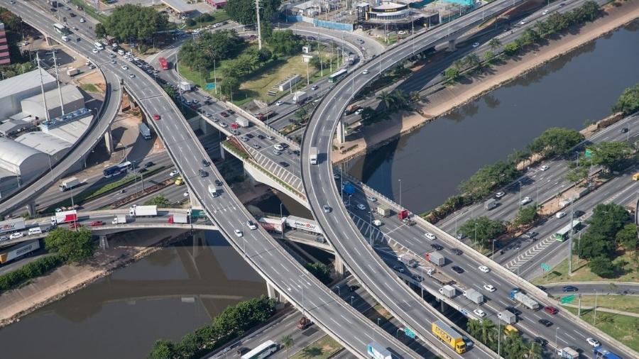 O Tietê corta o estado por 1.100 km, desde sua nascente até a foz no Rio Paraná, no município de Itapura - Diogo Moreira/Divulgação Governo de São Paulo