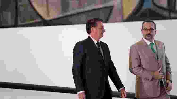 O presidente Jair Bolsonaro e o ministro da Educação, Abraham Weintraub - REUTERS/Ueslei Marcelino