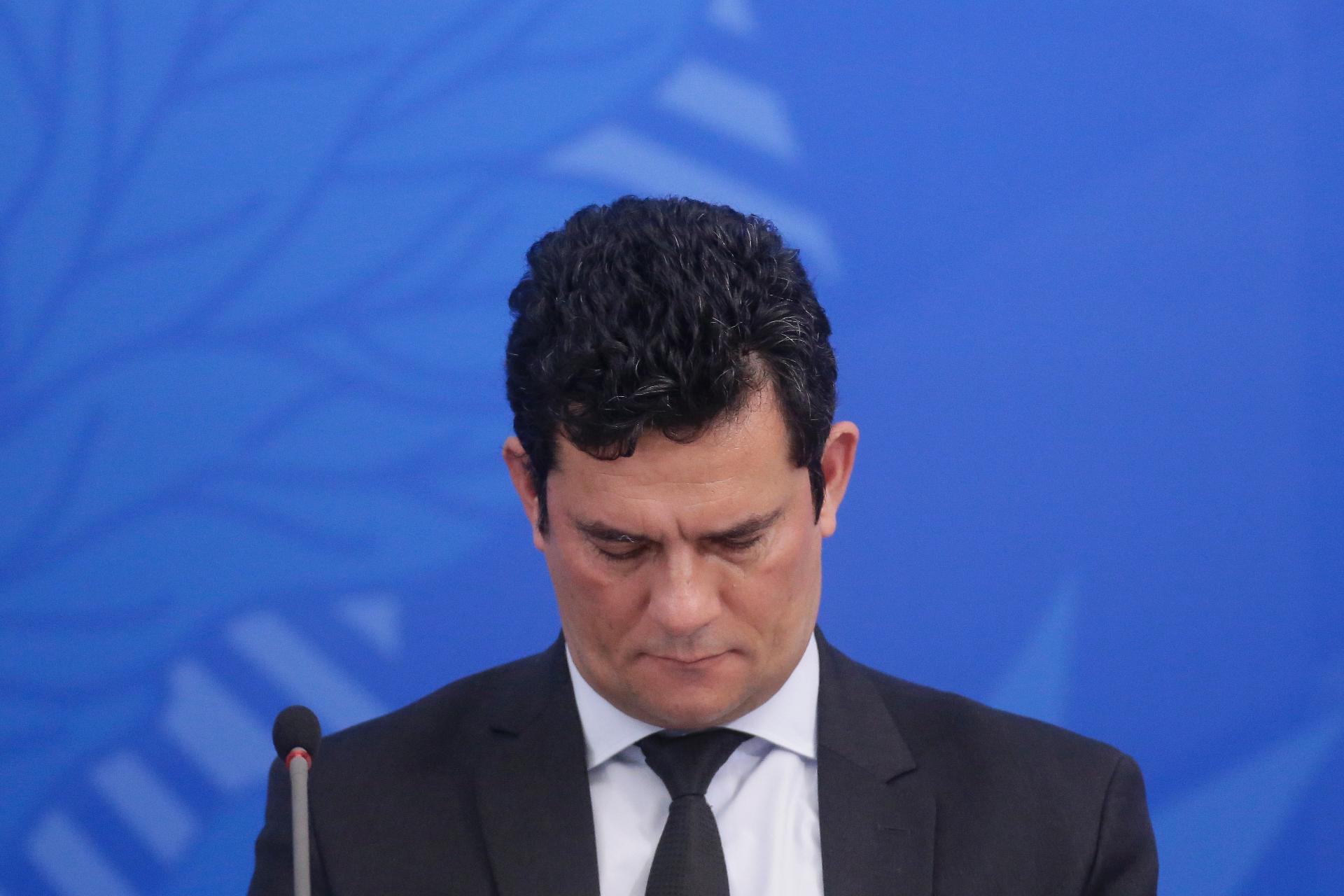 "Moro recua, nega ter acusado Bolsonaro de crime e fala de interferência ""política"""