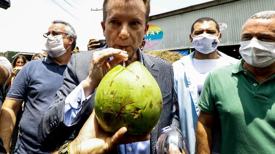 Celso Russomanno em agenda de campanha no Ceagesp - ALOISIO MAURICIO/ESTADÃO CONTEÚDO
