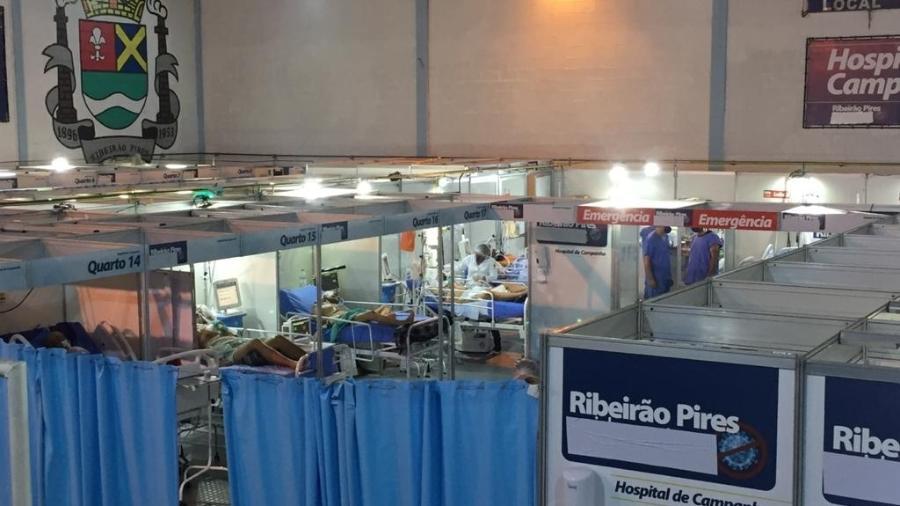 Pacientes com covid-19 no Hospital de Campanha de Ribeirão Pires - Anahi Martinho/UOL