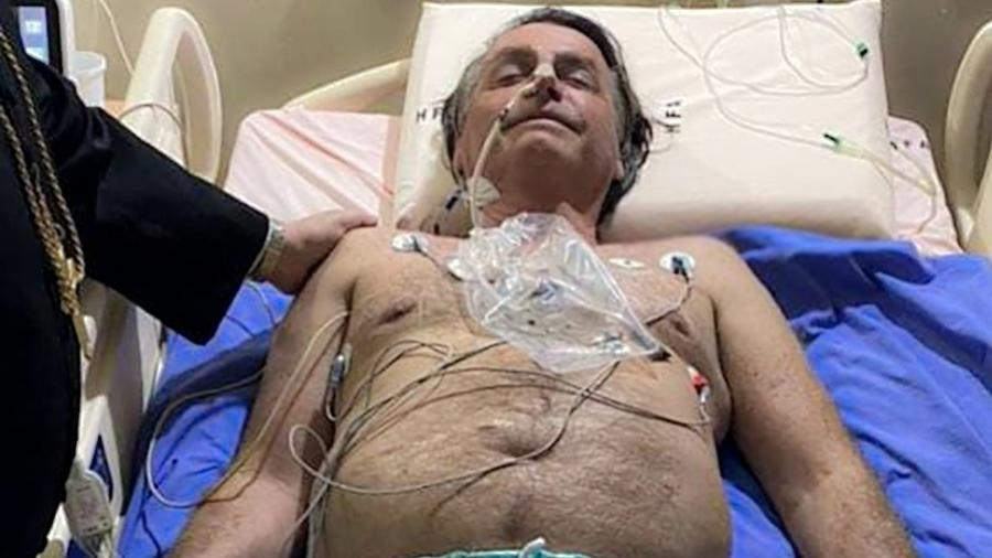 Jar Bolsonaro posta foto durante internação em hospital de Brasília - Reprodução/Facebook/Jair Messias Bolsonaro