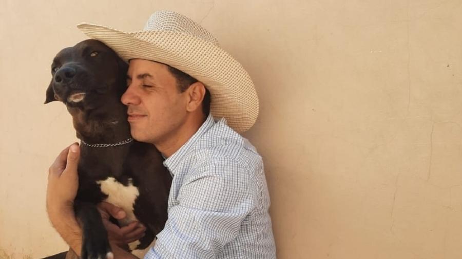 Carlinhos Brasil enfrentou uma sucuri para salvar seu cachorro  - Arquivo pessoal