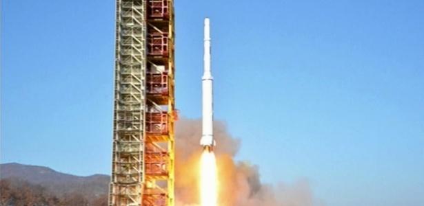 Pyongyang defende que o lançamento foi realizado para colocar em órbita o satélite de observação da Terra Kwangmyong 4