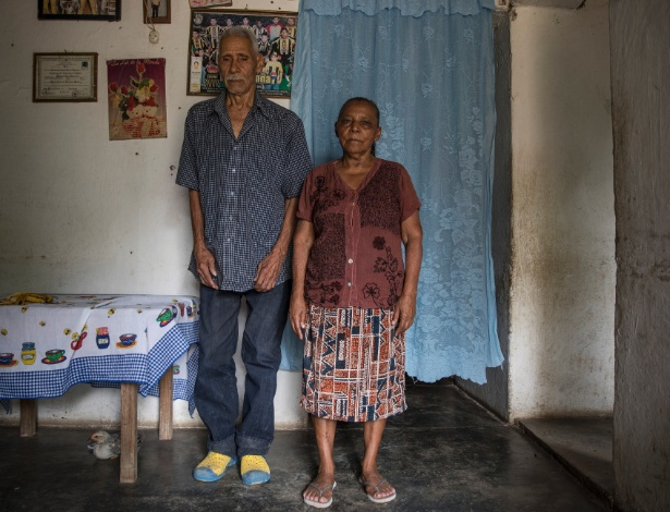 Esteban Lozaro e Catalina Garay em sua casa em la Unión, pequena comunidade rural em Yoro, Honduras