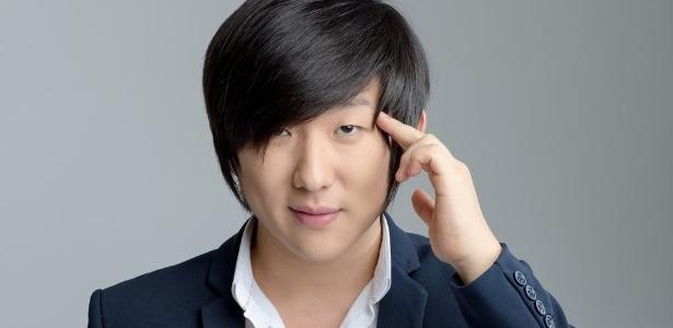Pyong Lee, youtuber brasileiro que faz sucesso nas redes sociais com técnicas de hipnose - Divulgação