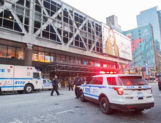 O número de policiais em Nova York aumentou 35% entre 1990 e 2000
