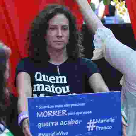 Mônica Benício, viúva da vereadora assassinada Marielle Franco, durante ato na Candelária - Jose Lucena/Futura Press/Estadão Conteúdo
