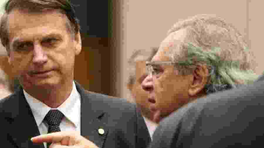 """""""Pergunta ao Paulo Guedes"""", costuma dizer Bolsonaro quando questionado sobre políticas econômicas do governo. - SERGIO MORAES/REUTERS"""