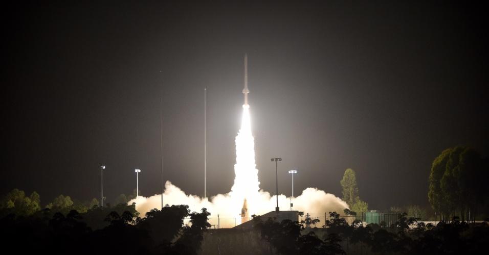 27.abr.2016 - O foguete Kunpeng-1B foi lançado com sucesso da base de Danzhou, na China, levando uma sonda atmosférica destinada a analisar a atmosfera superior, informou a agência espacial chinesa