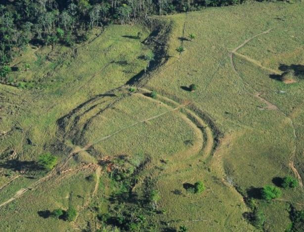Desenho feito por povo indígena há mais de 2.000 anos no Estado do Acre