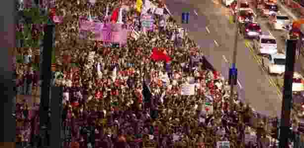 13.nov.2017 - Manifestantes protestam na avenida Paulista contra PEC 181 - Kevin David/Estadão Conteúdo