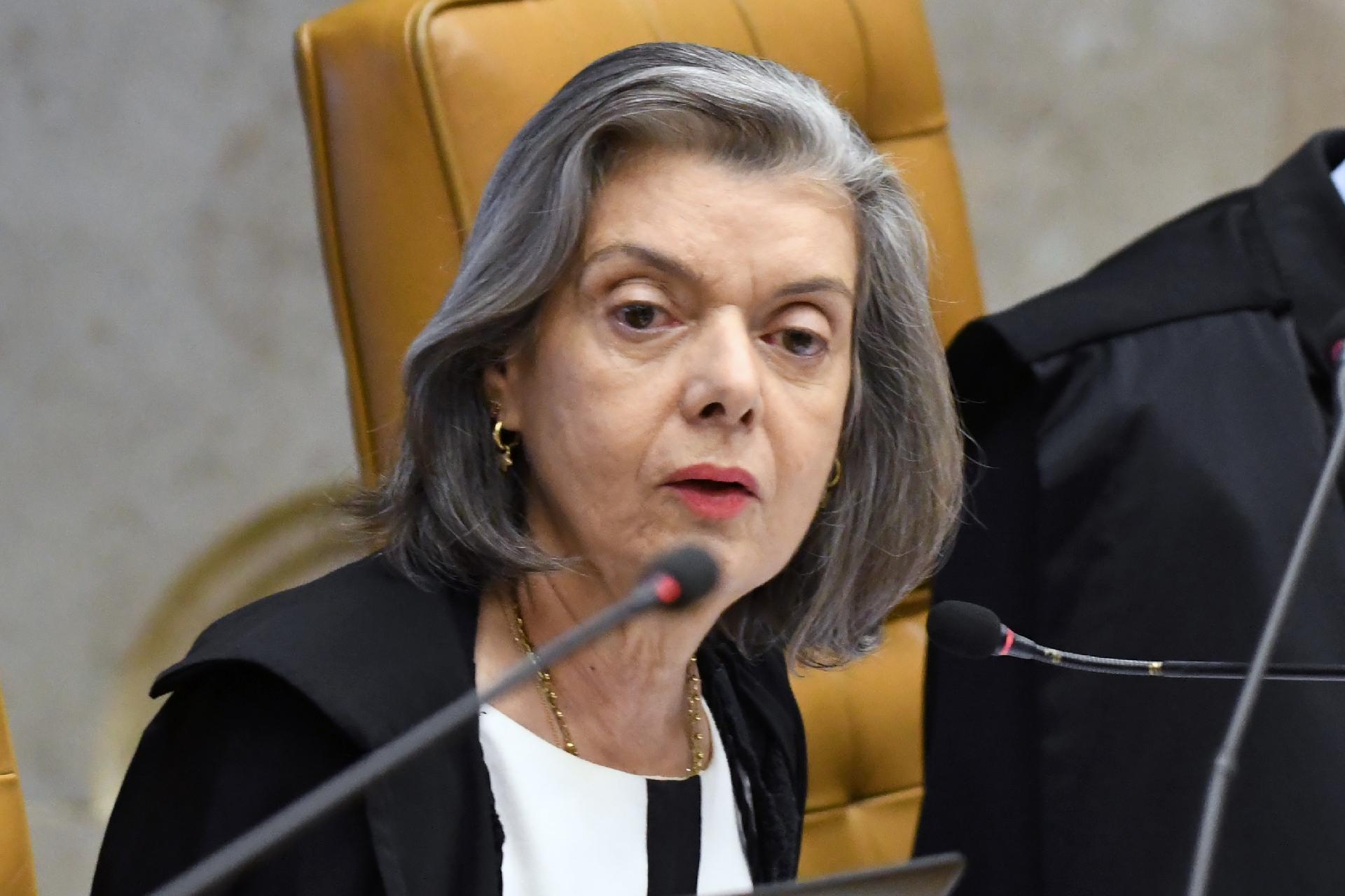 Cármen Lúcia condena atentados contra o STF: 'Voltam-se contra o ...