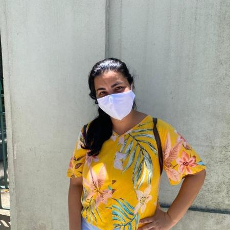 Roselaine Pereira da Cunha Barbosa, 39, decidiu fazer o Enem (Exame Nacional do Ensino Médio) pela primeira vez - Tatiana Campbell/UOL