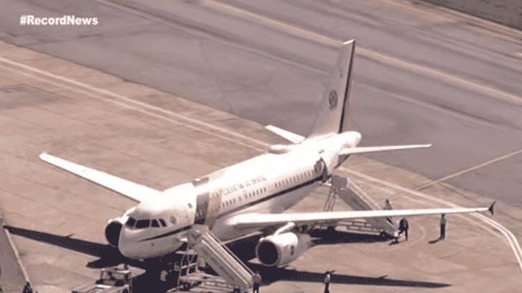 Avião presidencial no aeroporto de Congonhas, em São Paulo - RecordNews/Reprodução - RecordNews/Reprodução
