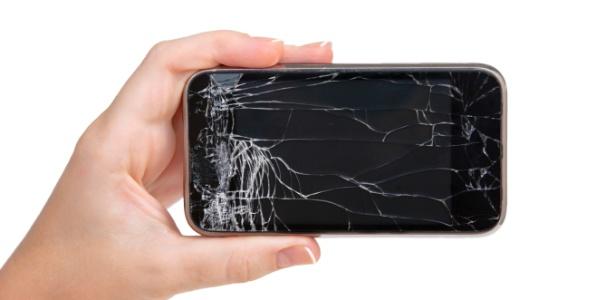 Valor de um celular defeituoso pode cair até 89% em comparação a um bom