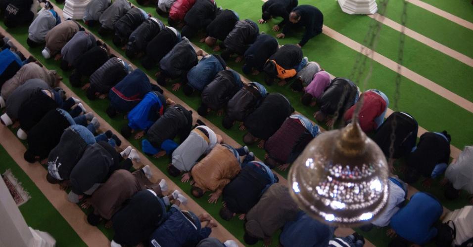 10.jun.2016 - A Mesquita Brasil no bairro paulistano do Cambuci é considerada uma das mais importantes da América Latina e foi uma das primeiras a ser construída no Brasil. Atualmente ela recebe refugiados sírios que passam seus primeiros Ramadãs em São Paulo