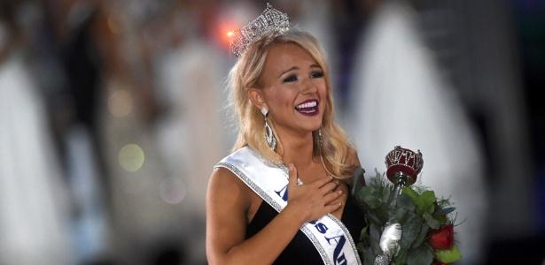 Savvy Shields, candidata de Arkansas, é coroada Miss América 2017