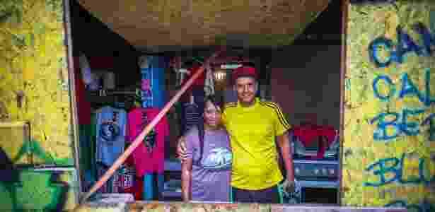 Carlos Eduardo e a mulher - Edson Lopes Jr./UOL - Edson Lopes Jr./UOL