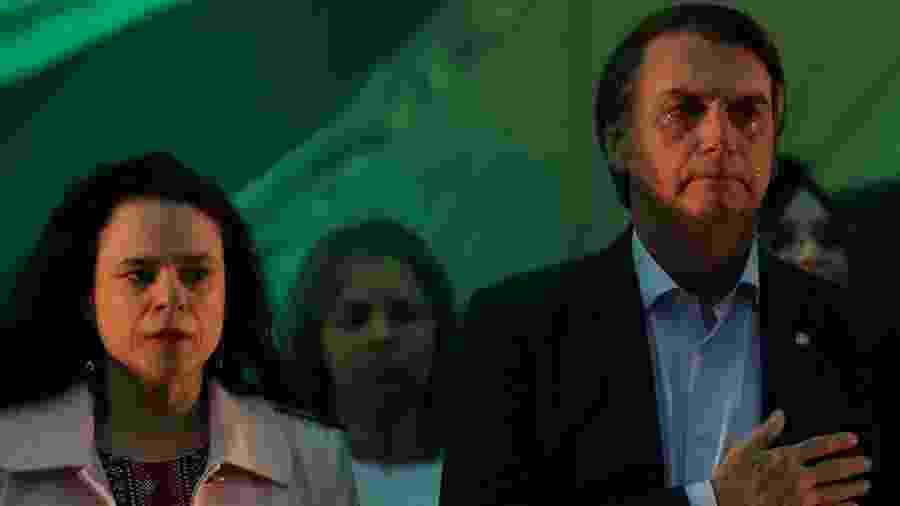 22.jul.2018 - Janaína Paschoal ao lado de Jair Bolsonaro na convenção que o oficializou como candidato do PSL à Presidência - Ricardo Moraes/Reuters