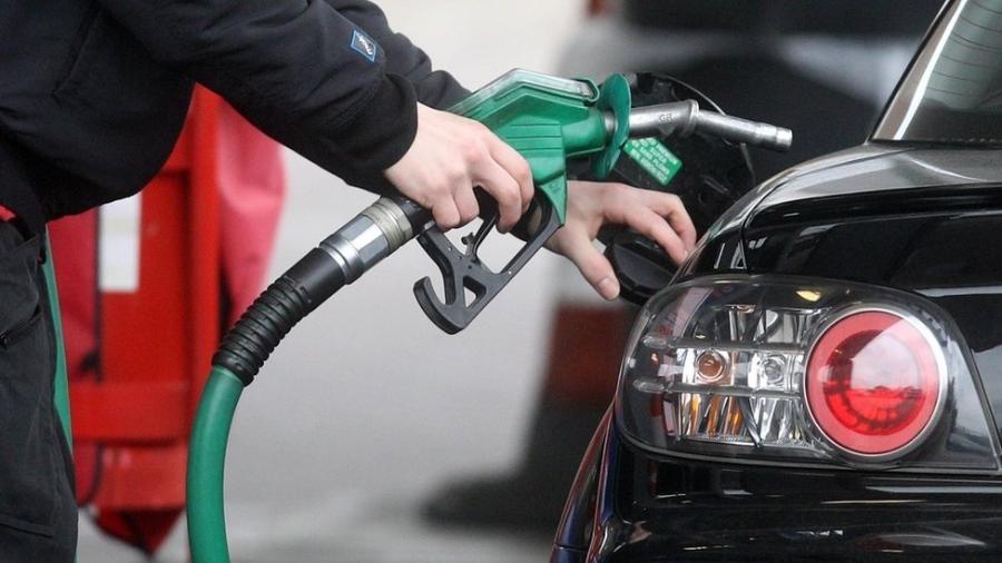 Foto para matéria da BBC Brasil - Preço dos combustíveis - PA Media