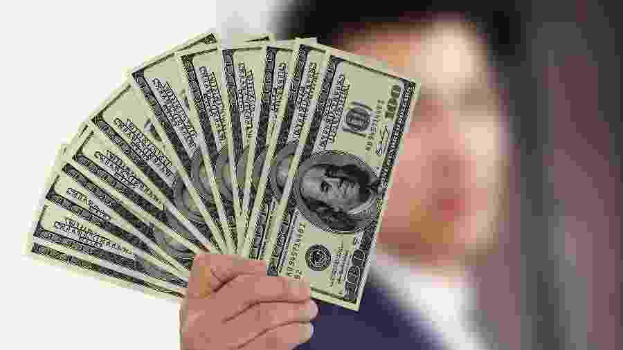 Maço de notas de 100 dólares - Gerd Altmann/ Pixabay
