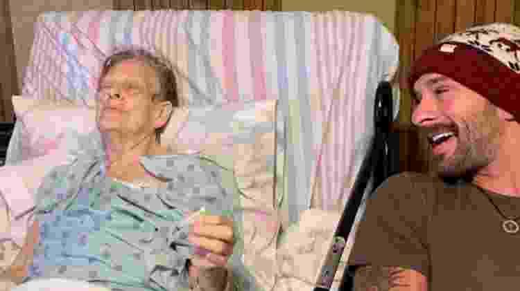Avó fuma maconha - Reprodução/Facebook/Jeremiah Pollock  - Reprodução/Facebook/Jeremiah Pollock