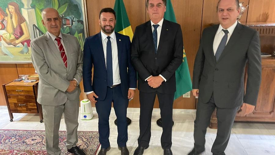 Bolsonaro, Ramos e Barros com o relator da PEC Emergencial na Câmara - Reprodução/twitter Ricardo Barros