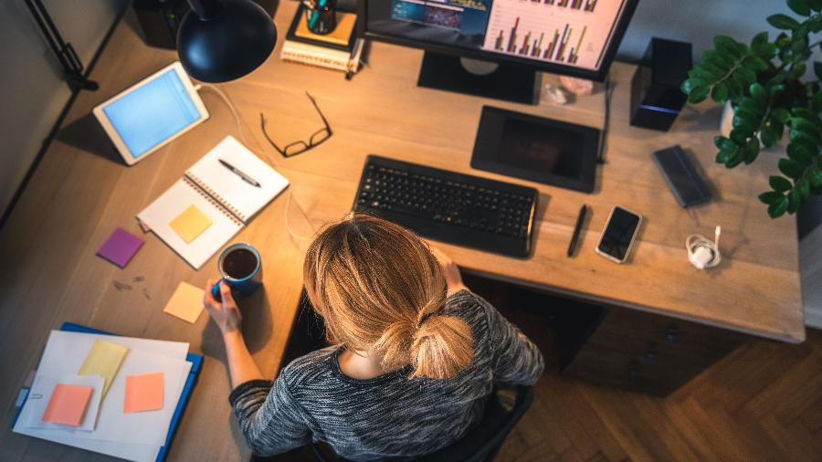 Presença de mulheres em conselhos administrativos de empresas brasileiras é de 14%, abaixo de índice europeu, de 30% - borchee/iStock