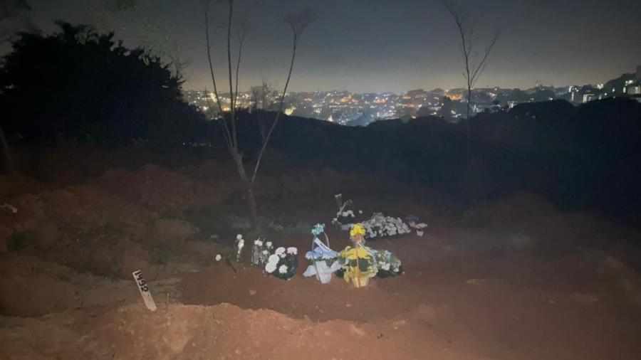 Sepultamento noturno no cemitério São Luís - Anahi Martinho