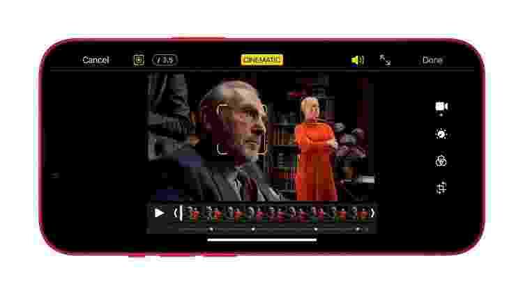iPhone 13 - cinematic mode - Divulgação/ Apple - Divulgação/ Apple