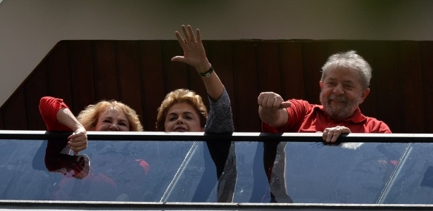 Oposição contesta gastos de Dilma para visitar Lula - Nelson Almeida/AFP