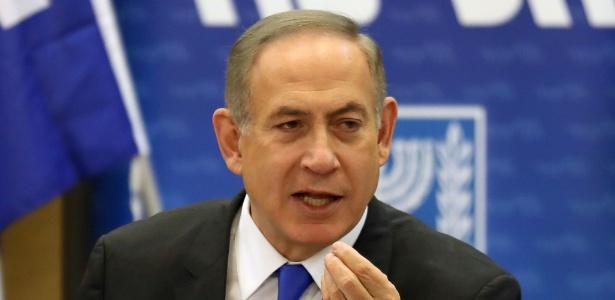 O premiê israelense, Benjamin Netanyahu, fala em reunião no Parlamento em Jerusalém