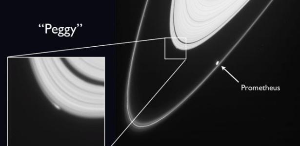 Ao ser identificada, Peggy era uma mancha comprida e brilhante na borda do anel A de Saturno
