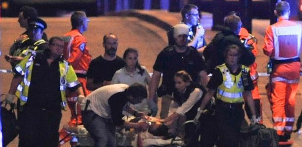 Oito pessoas morreram esfaqueadas e 48 ficaram feridas m ataque nos arredores da London Bridge  - Daniel Sorabji/AFP Photo