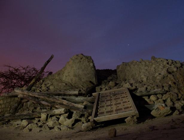 Túmulo destruído por militantes islâmicos em Timbuktu, Mali