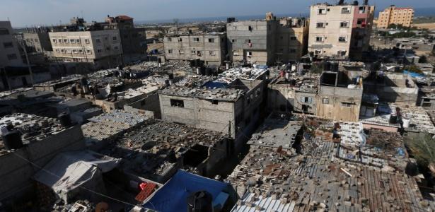 Casas dentro de campo de refugiados palestinos na Faixa de Gaza