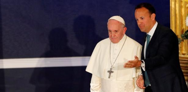 25.ago.2018 - Papa Francisco e o primeiro-ministro irlandês, Leo Varadkar - Stefano Rellandini/Reuters