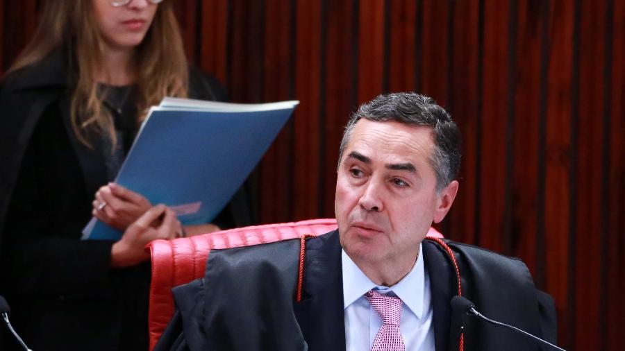 Ministro Luis Roberto Barroso em seção extra do TSE (Tribunal Superior Eleitoral) - Fátima Meira/Estadão Conteúdo