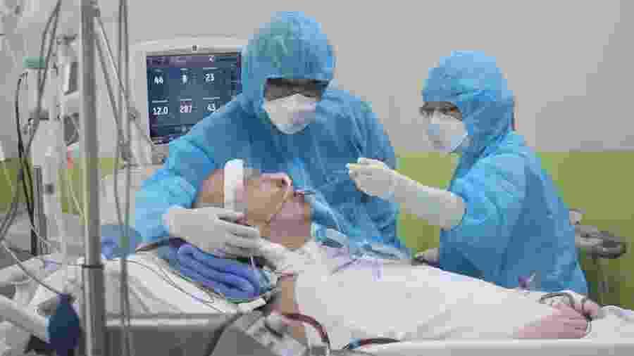 Stephen Cameron passou mais de dois meses em situação crítica - Cho Ray Hospital