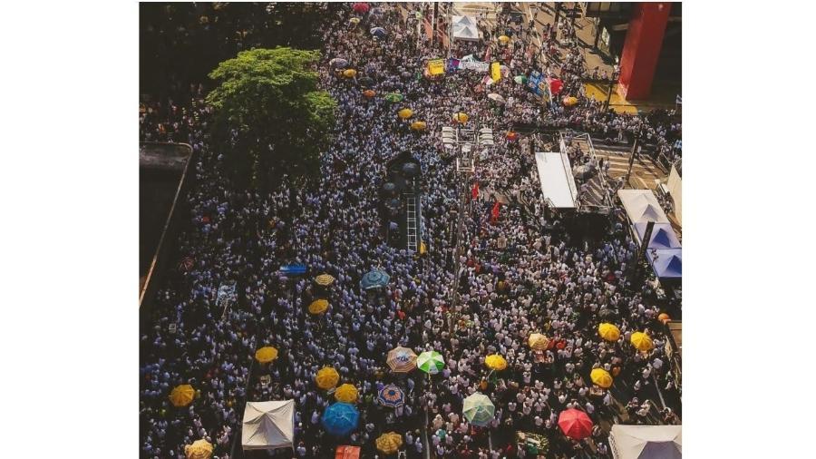 Manifestação em favor do impeachment de Bolsonaro na Avenida Paulista, liderada pelo MBL, que contou com o apoio de setores e personalidades de esquerda - Reprodução/MBL
