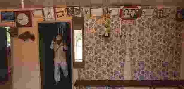 Nas casas simples das comunidades ribeirinhas, vestes brancas e imagens do fundador - Cacalos Garrastazu/Eder Content