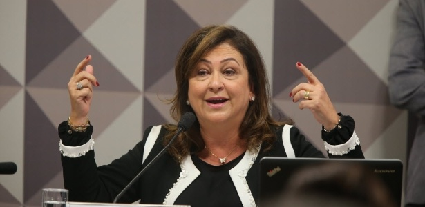Kátia Abreu: Corrupção não é prerrogativa do PT - Alan Marques/Folhapress