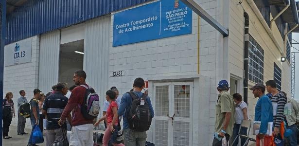 Venezuelanos chegam no abrigo da Prefeitura de São Paulo em São Mateus