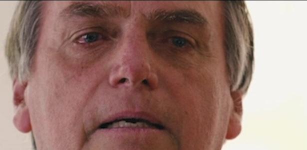 Bolsonaro chorou ao falar da família, com destaque à filha caçula Laura